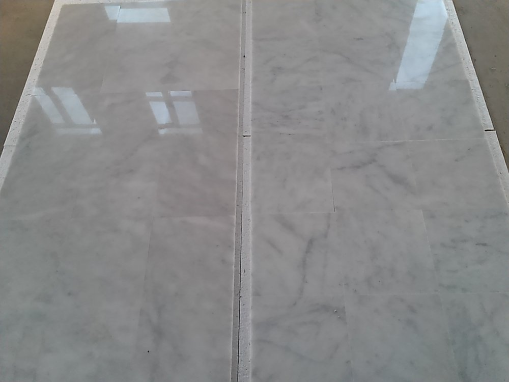 Satın al Carara white marble