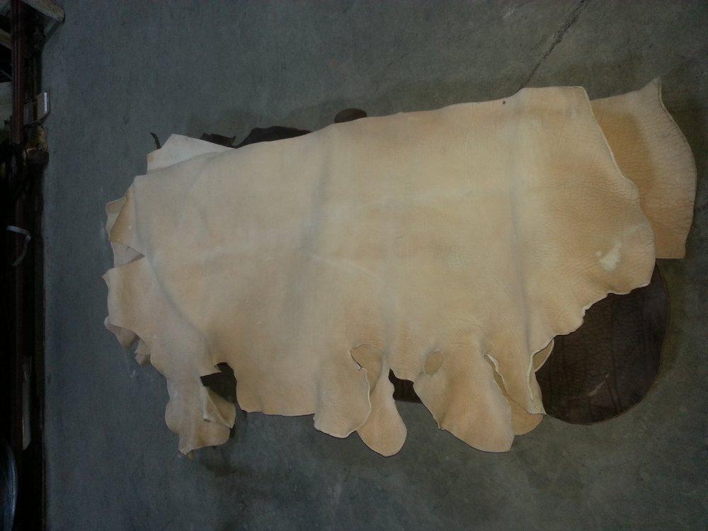 Satın al Vegetable Tanned Harness Sides leather