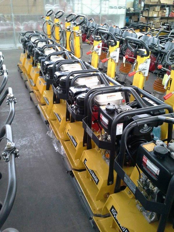 Satın al İleri -Geri Kompaktör Makinası 3 TONLUK / Reversible Plate Compactor Machine