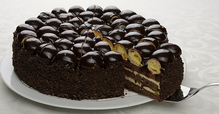 Satın al Black Profiterole Cake