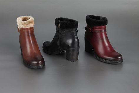 Satın al Women Shoes