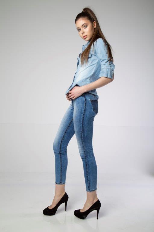 Satın al Trendy Popular Best Price Skinny Spreyed Used Effect Women Blue Jeans