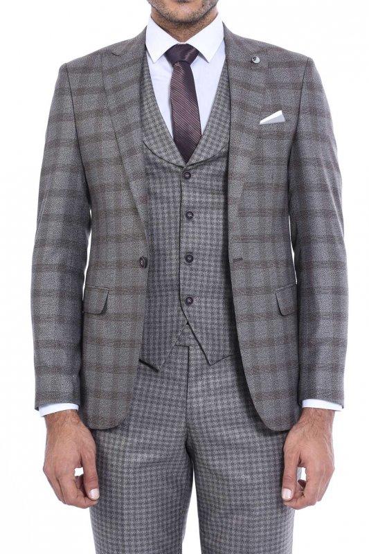 Sivri Yaka Tek Düğme Çift Yırtmaç Yelekli Takım Elbise