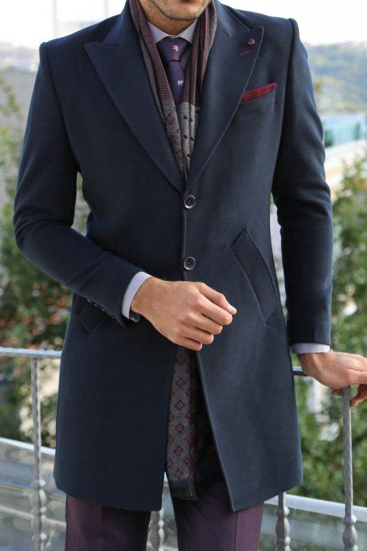 Geniş Yaka Diz Üstü Palto