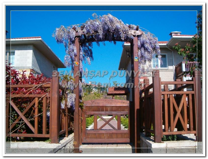 Ahşap Bahçe Kapıları ve Takları