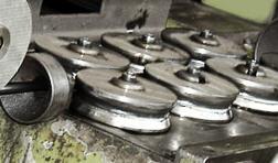 Satın al Islah Çelikleri, Kimyasal Bileşimleri Özellikle Karbon Miktarı Bakımından, Serleştirilmeye Elverişli Olan, Alaşımlı Ve Alaşımsız Makina İmalat Çelikleridir.