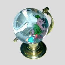 Kristal Dünya
