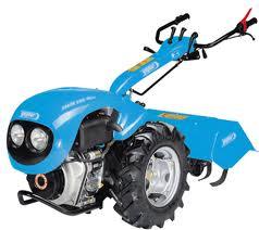El traktoru