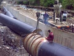 Su alma yapısı ile Santral binası arası Kara Boru