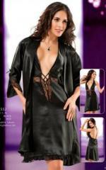 ملابس داخلية مثيرة للنساء