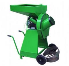 Arabalı Tip Tekerlekli Yem Kırma Makinesi