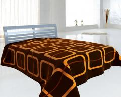 Blankets and bedspreads for hotels