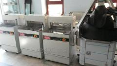 Accessorial equipment for bakeries and producing