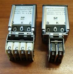 M22885/10 CONTROL Switch Indicator A4-302-255  A4-301-111
