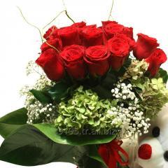 Beyaz Güllerle Kutu Arajman