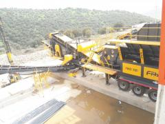 Mobile Stone Crushing and Sorting Plant