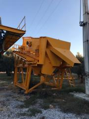 Used Vibrating Screen |Stationary type Sorting Screen with 4 layer meshes