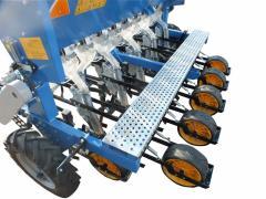 8 Sıralı soğan ve sarımsak ekim makinası