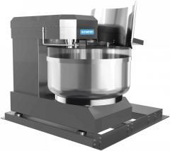 Tilting dough spiral mixer for kneading dough in