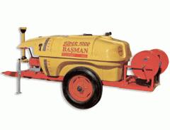 Máquinas y equipamiento para cultivar y abonar