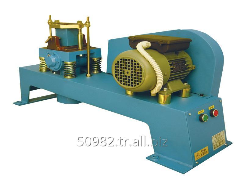vibrating_machine_for_707_cube_moulds