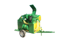 Machines and the equipment for gathering and initial processing of a crop of vegetables and fruit