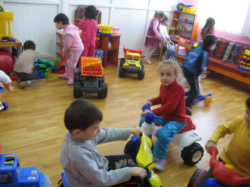 رياض الأطفال بنوع الحدائق تعويضية