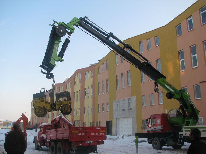 Sipariş 35 tonlu vinç modeli