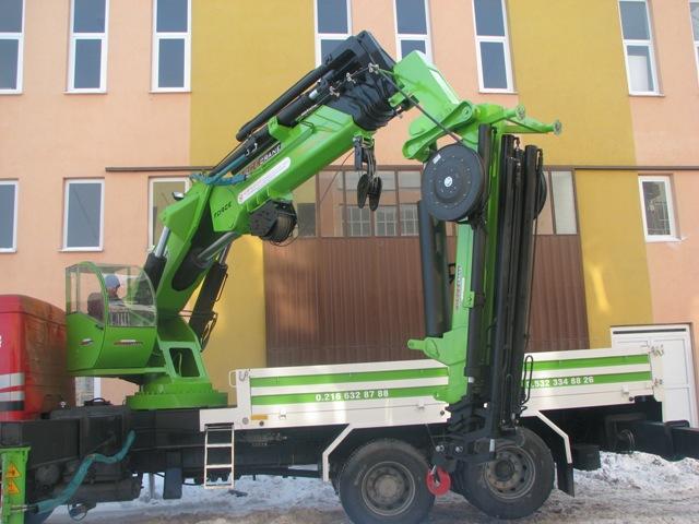 Sipariş 40 tonlu vinç modeli