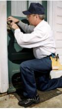 Apartman giriş kapısı kilidi açma ve kilit montajı