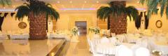 Mutluluğa ilk adım atacağınız en güzel günde Dikmen royal düğün salonu.