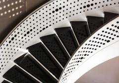 Desenli Korkuluklu Lüks Çelik Merdiven-2