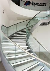 Cam Korkuluklu Çelik Taşıyıcılı Helezon Merdiven