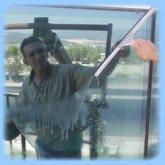 Cam yıkaması ve ofis temizliği
