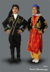 Halk oyunları kostüm