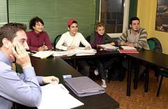 Dil eğitim kurslari
