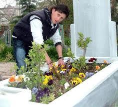 Mezar bakım hizmeti